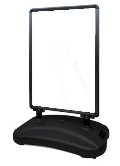Zwarte aluminium stoepbord met watertank